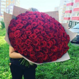 101 роза высотой 80 см